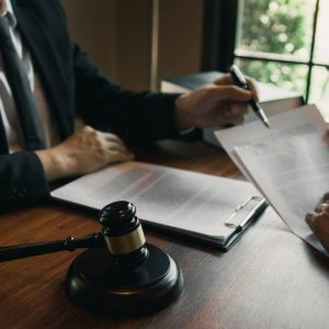 Looking For An Employment Lawyer in Toronto?